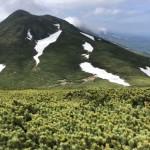 サシルイ岳とミクリ沼